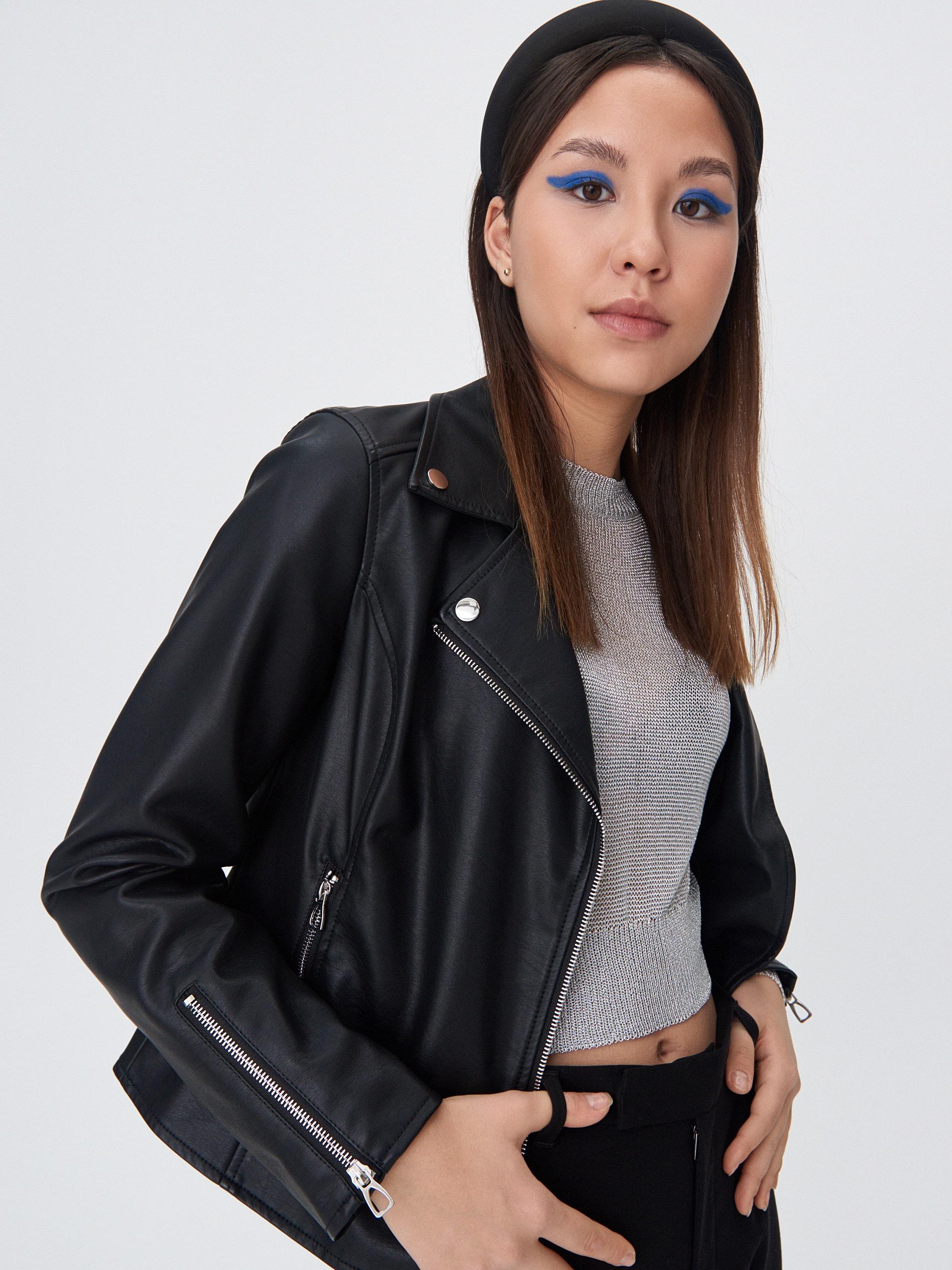 Байкерская куртка женская