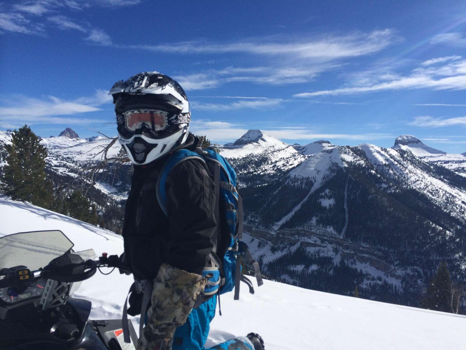 Выбор шлема для снегохода