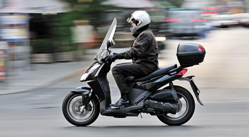 Как выбрать шлем для скутера?