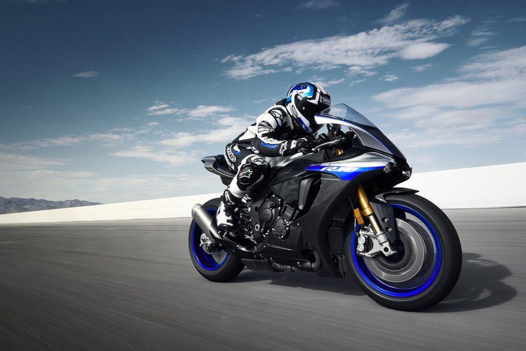 Yamaha YZF R1 – обзор легенды